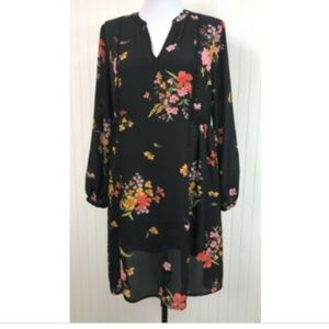 Old Navy NWT XS Dress Floral V-Neck Knee Length